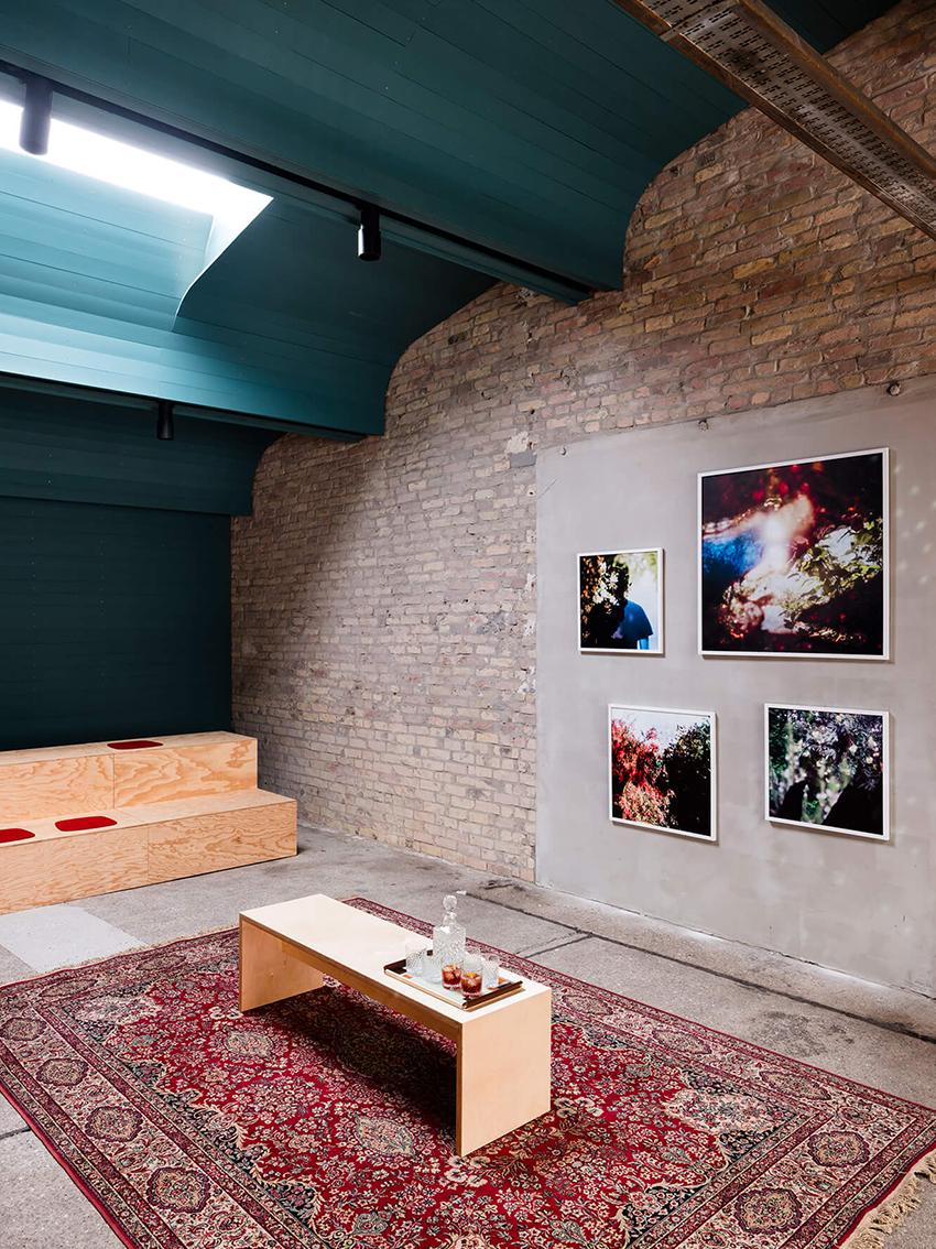 Sitzgelegenheiten und Galerie